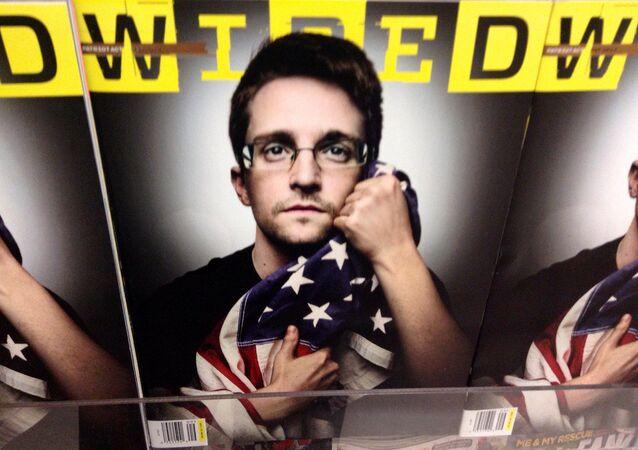 Edward Snowden en la portada de la revista Wired