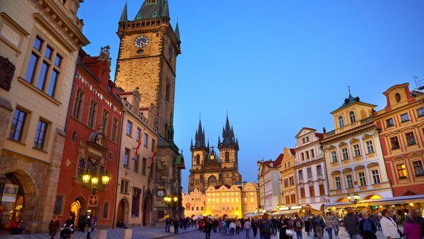 Plaza de la Ciudad Vieja en Praga - Sputnik Mundo