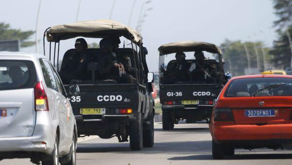 Las Fuerzas de Seguridad en el camino a Grand Bassam, el 13 de marzo de 2016 - Sputnik Mundo