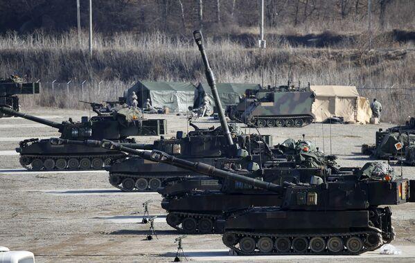 Las maniobras conjuntas sin precedentes entre EEUU y Corea del Sur - Sputnik Mundo