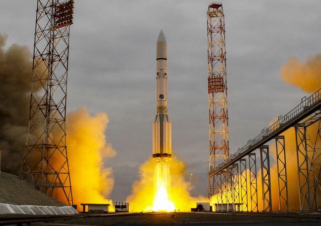 El cohete portador Protón-M (archivo)