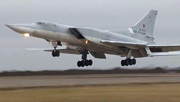 Bombardero ruso Tu-22M3 - Sputnik Mundo
