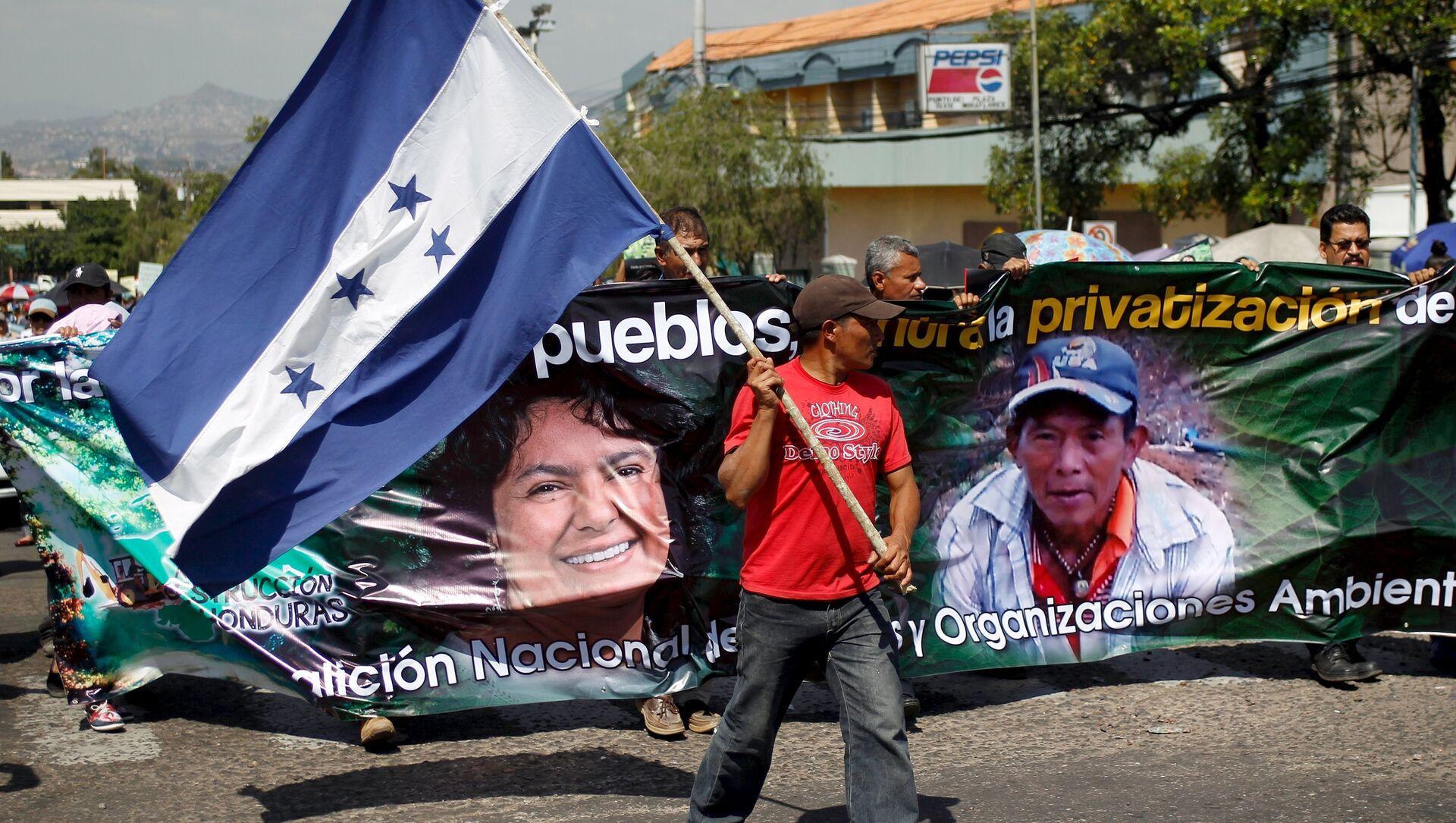 Protesta en Honduras reclamando justicia para Berta Cáceres - Sputnik Mundo, 1920, 03.12.2019