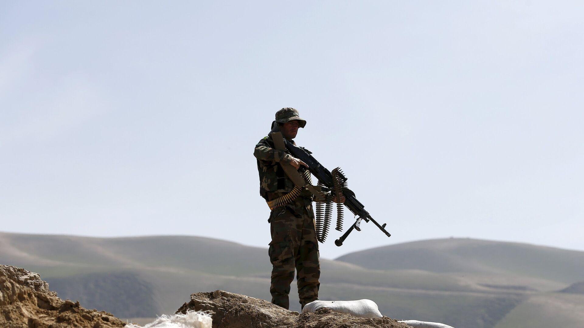 El soldado del Ejército afgano patrulla Dand Ghori, el distrito de Baglan - Sputnik Mundo, 1920, 15.08.2021