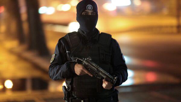 Policía turco - Sputnik Mundo