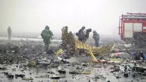 El avión de pasajeros Boeing 737-800 se estrelló en el aeropuerto de Rostov del Don - Sputnik Mundo