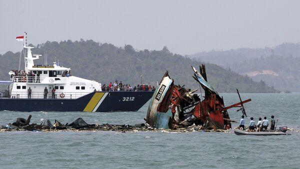 Barcos chinos hundidos (archivo) - Sputnik Mundo