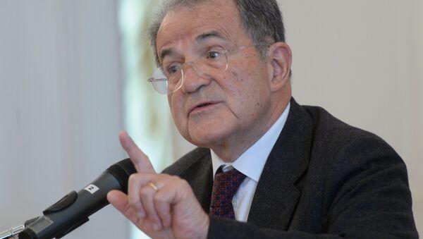 Romano Prodi, ex primer ministro italiano y expresidente de la Comisión Europea - Sputnik Mundo