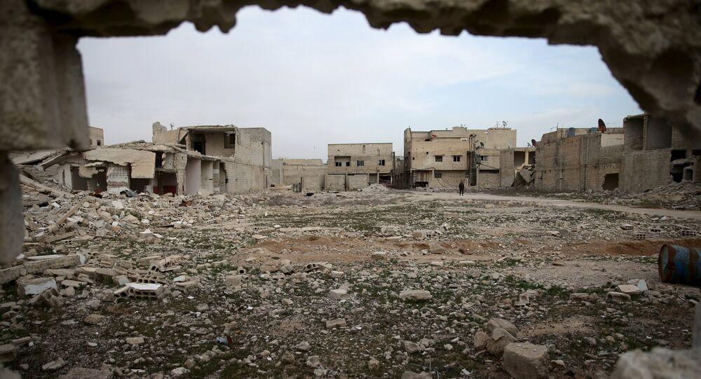 Edificios destruidos en Duma, Siria (archivo)