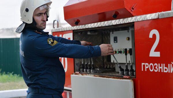 Empresa siberiana fabricará carros de bomberos usando módulos de tanques - Sputnik Mundo