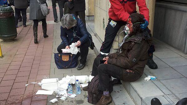 Martes sangriento: Testigos relatan como vivieron los ataques terroristas en Bruselas - Sputnik Mundo
