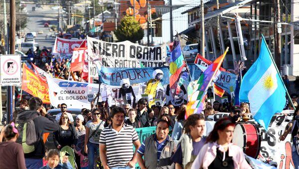 Argentinos en marcha por 40 aniversario del golpe rechazan visita de Obama - Sputnik Mundo