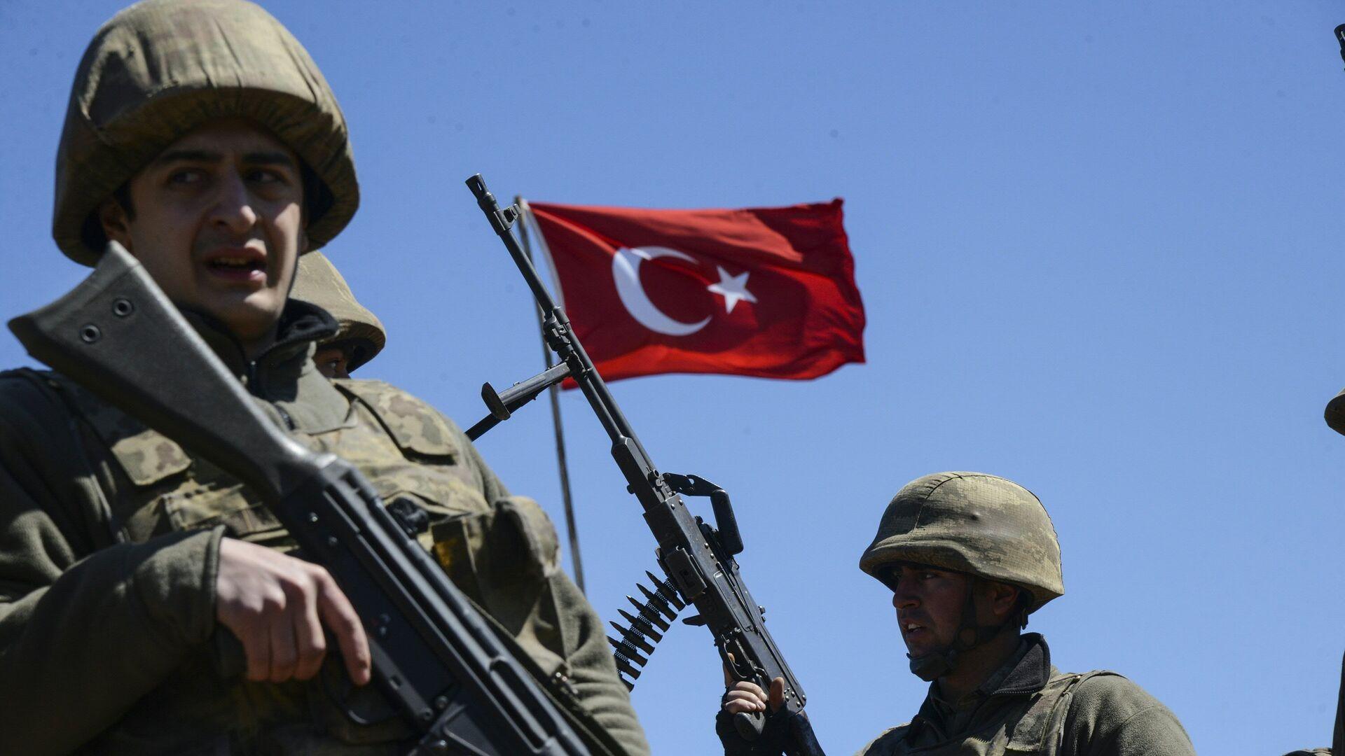 Militares turcos - Sputnik Mundo, 1920, 29.07.2021