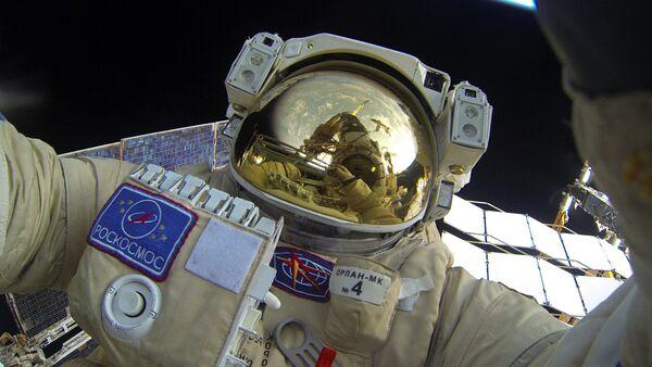Paseo en el espacio del cosmonauta ruso - Sputnik Mundo