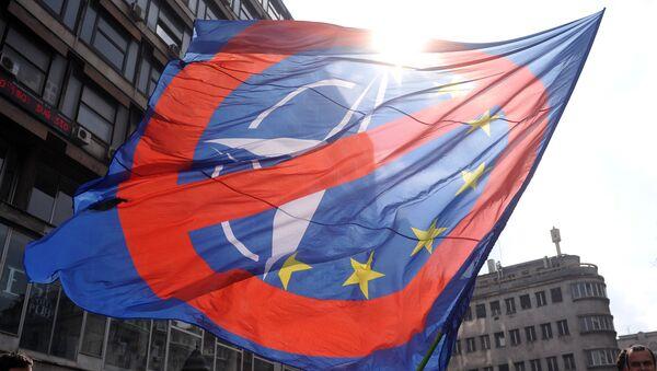 Manifestación anti-OTAN en Belgrado - Sputnik Mundo