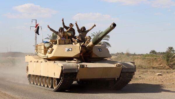 Soldados iraquí cerca de la ciudad de Hit - Sputnik Mundo
