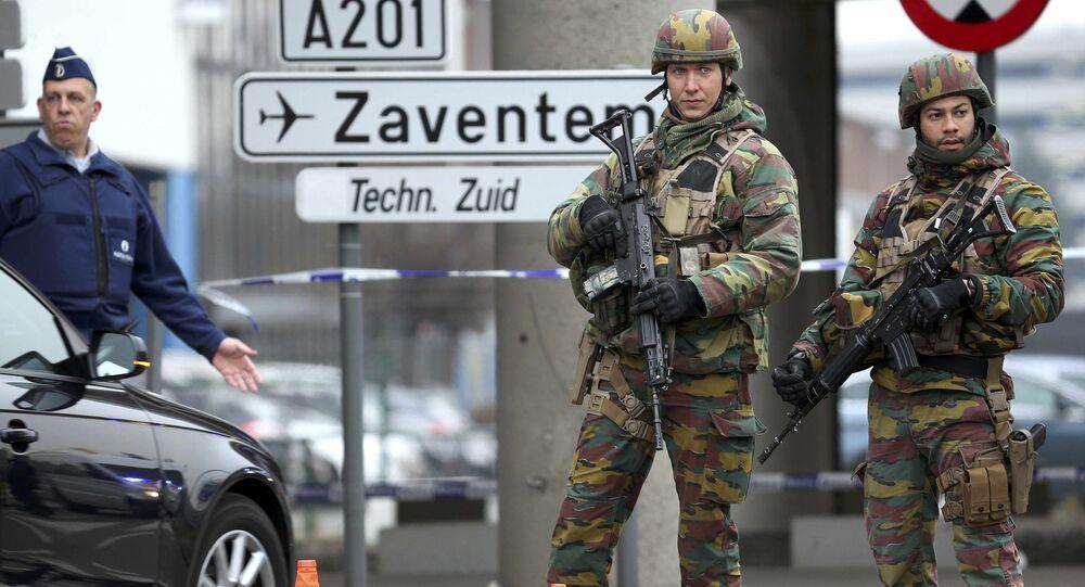 Militares belgas en el aeropuerto de Bruselas
