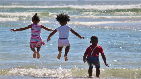 Niños africanos - Sputnik Mundo