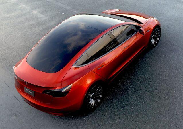 Un Tesla Model 3