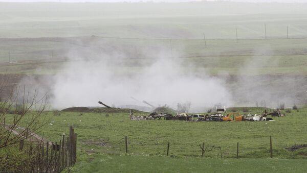 Unidades de artillería armenias en Nagorno Karabaj - Sputnik Mundo