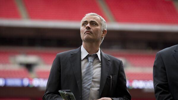 José Mourinho, ex técnico jefe del Chelsea - Sputnik Mundo