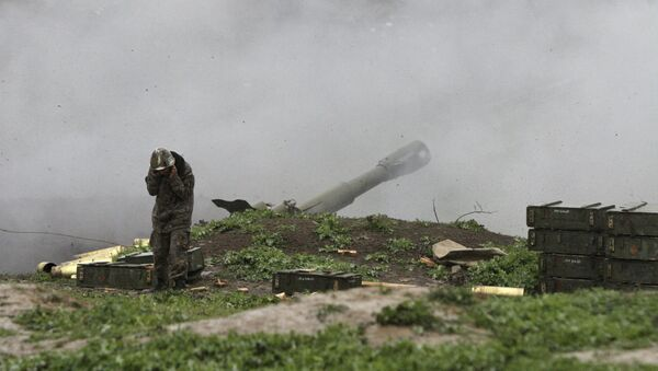 Unidad de artillería de las Fuerzas Armadas de Armenia en Nagorno Karabaj - Sputnik Mundo