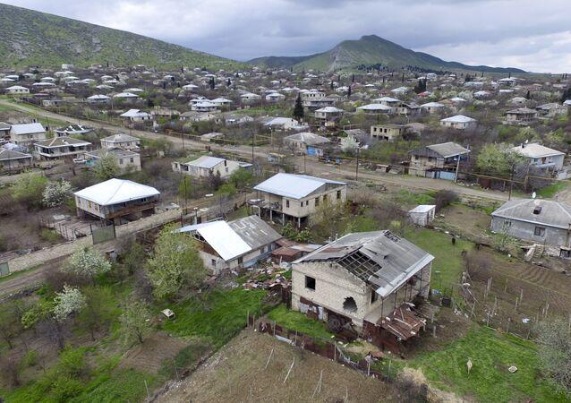 Las casas destruidas en Nagorno Karabaj