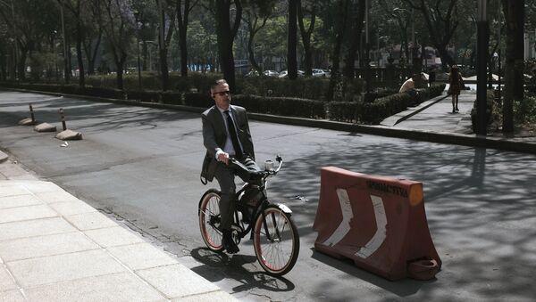 Ciudad de México vive jornada bajo contingencia por contaminación - Sputnik Mundo