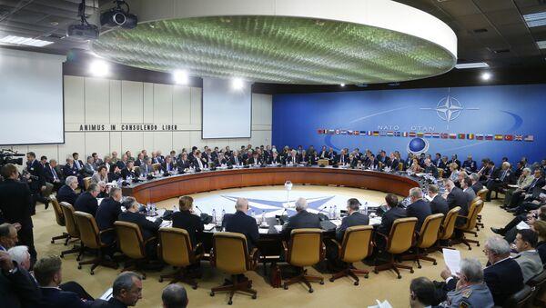 Sesión del Consejo Rusia-OTAN - Sputnik Mundo