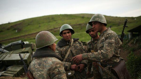Militares en Nagorno Karabaj (archivo) - Sputnik Mundo