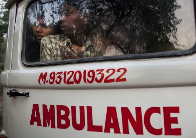Ambulancia india (archivo)