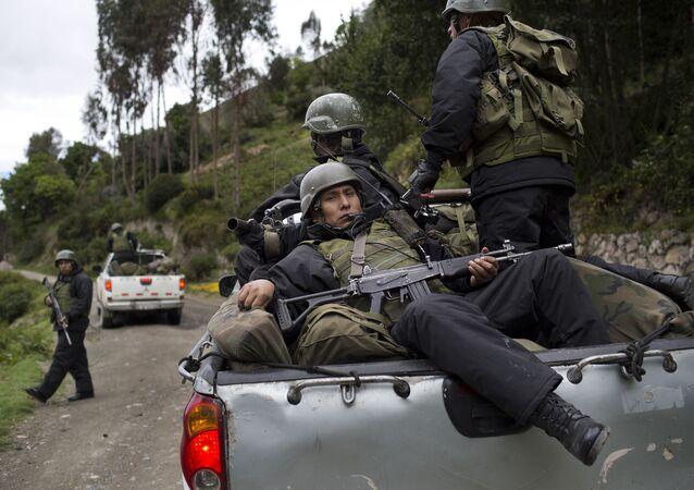 Soldados peruanos (archivo)
