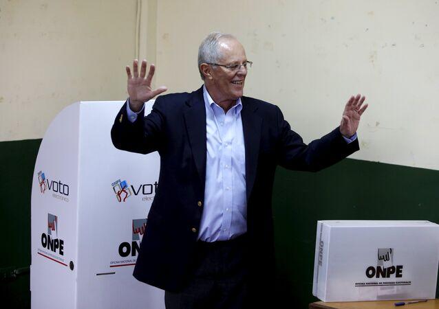 Pedro Pablo Kuczynski, candidato presidencial peruano