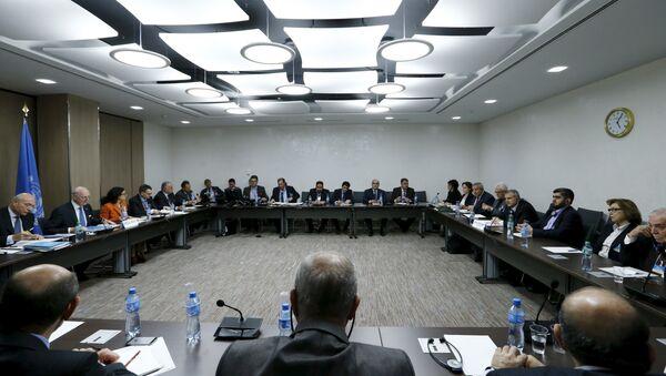 Negociaciones intersirias en Ginebra - Sputnik Mundo