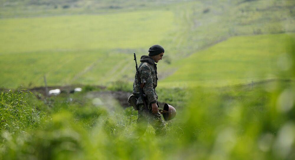 Un militar en Nagorno Karabaj (archivo)