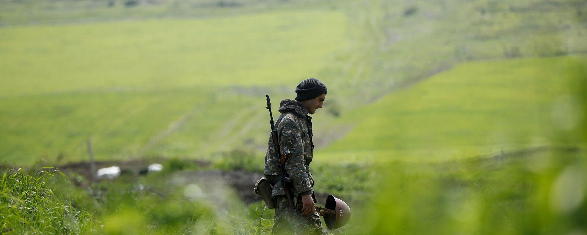 Militar en Nagorno Karabaj - Sputnik Mundo, 1920, 02.06.2021