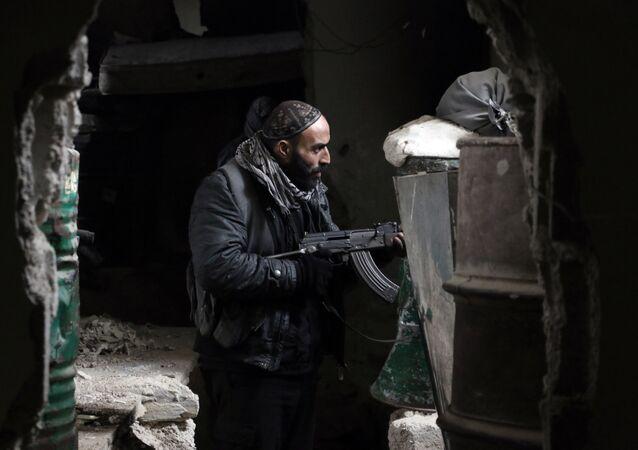 Combatiente de Yeish al Islam
