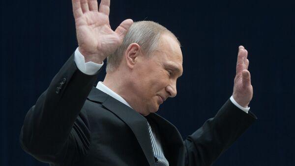 Línea directa con Vladímir Putin, presidente de Rusia - Sputnik Mundo