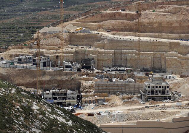 Construcción de asentamientos israelíes en Cisjordania