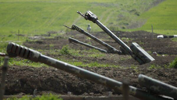 Artillería armenia en Nagorno Karabaj - Sputnik Mundo