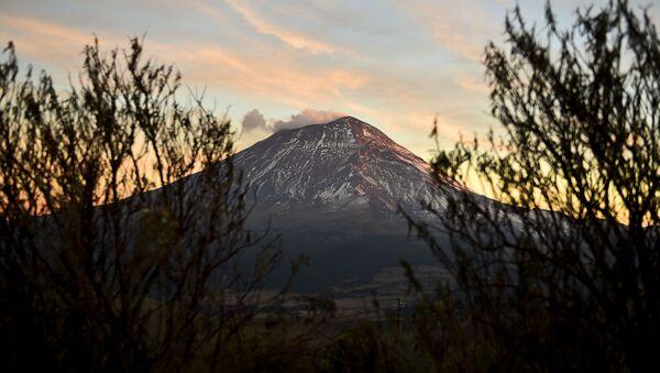Popocatépetl - Sputnik Mundo