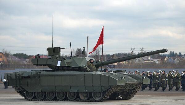 El tanque ruso T-14 Armata durante los ensayos del Desfiles de la Victoria de 2016 - Sputnik Mundo