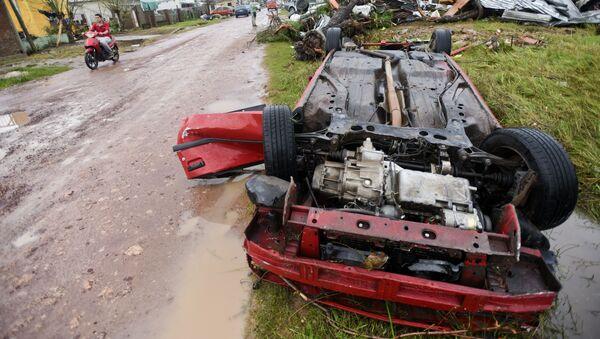 Consecuencias del tornado en Dolores, Uruguay - Sputnik Mundo