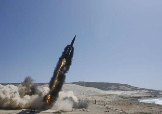 Ejército estadounidense lanza misil estratégico