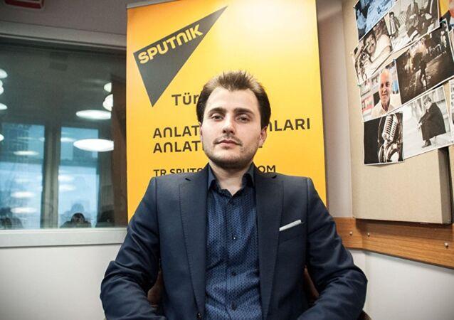 Tural Kerímov, jefe redactor de Sputnik Turquía