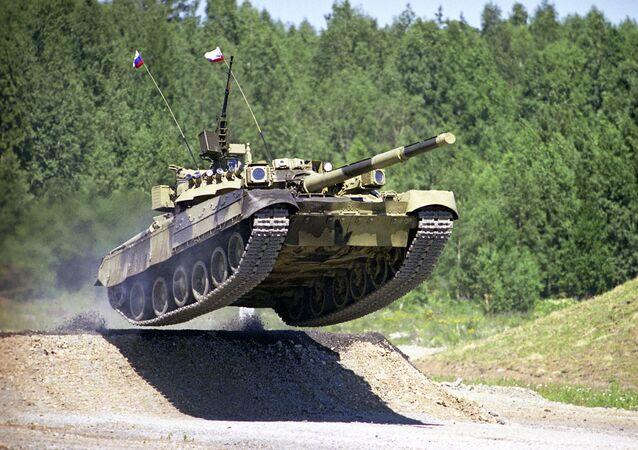 El tanque volador T-80
