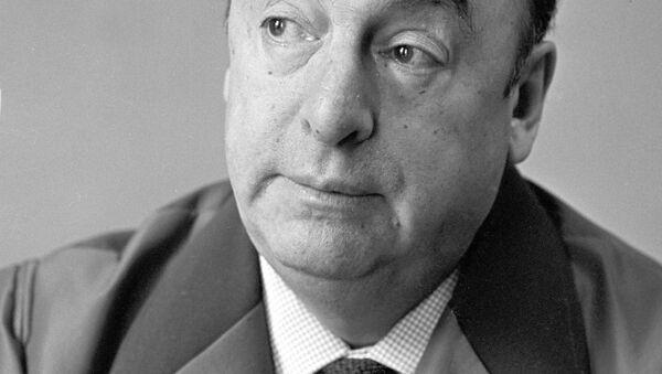 El poeta chileno Pablo Neruda en Moscú - Sputnik Mundo