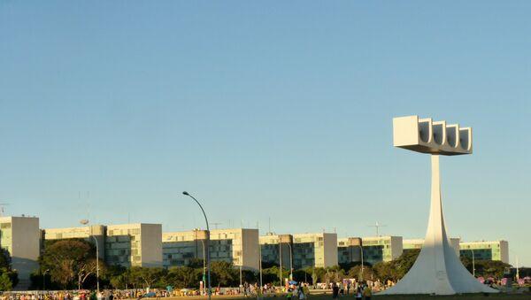 Sede de los ministerios del gobierno brasileño en Brasilia (archivo) - Sputnik Mundo