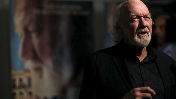Adrian Sparks, protagonizando Papa: Hemingway en Cuba entrevistado en el estreno en Los Angeles, EEUU, 25 de abril, 2016. - Sputnik Mundo