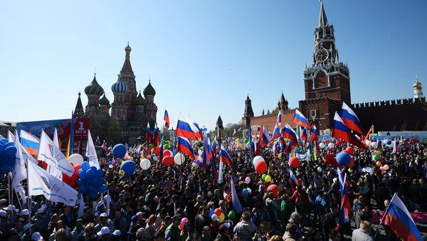 La manifestación del Primero de mayo en la Plaza Roja de Moscú - Sputnik Mundo